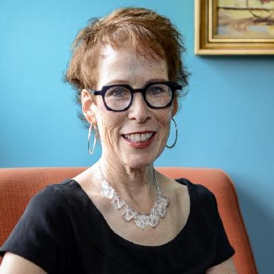 Carolyn Comeau Writer
