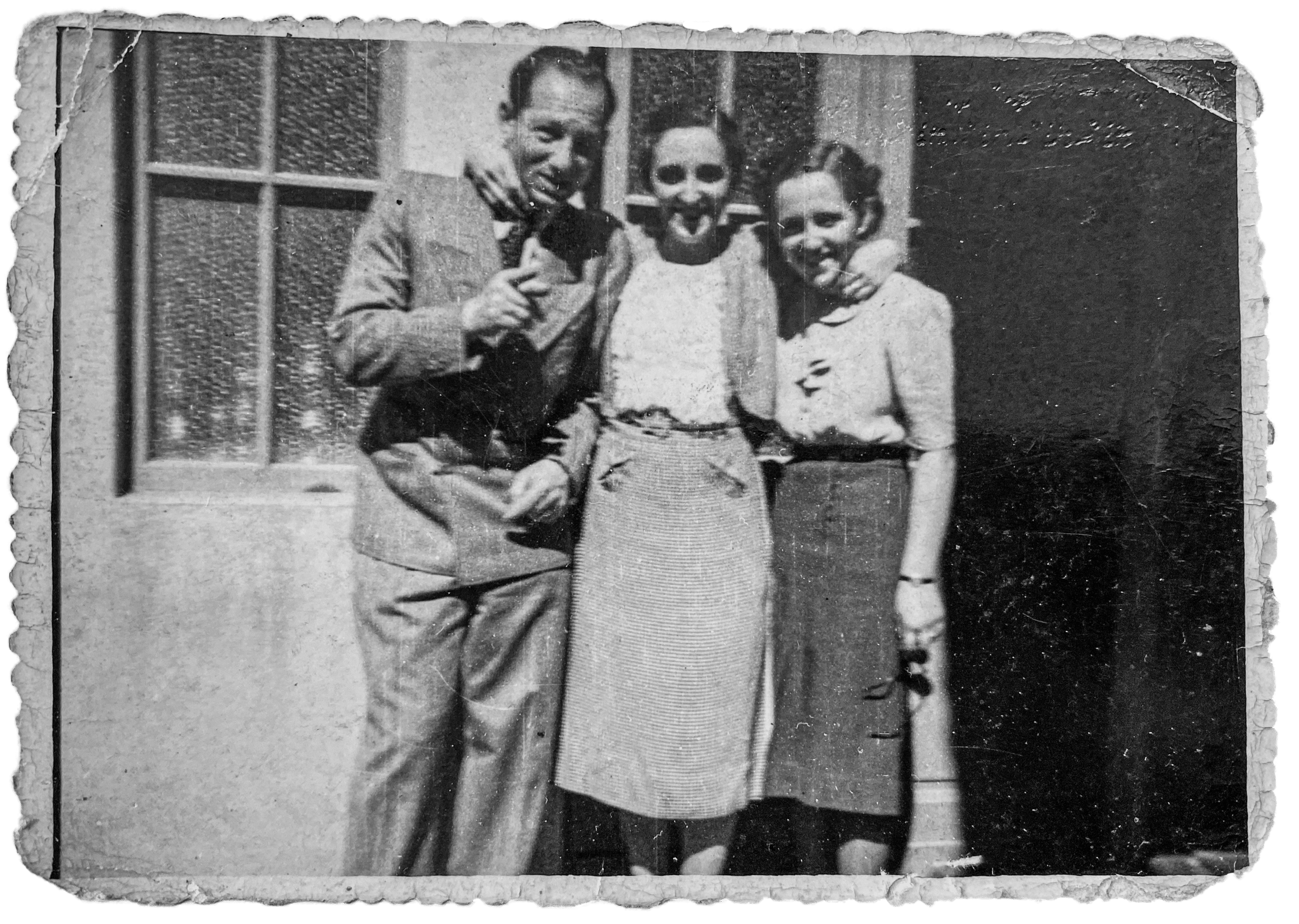 Left to right: Gustave, Magda, and Aranka Riederman, May 1938